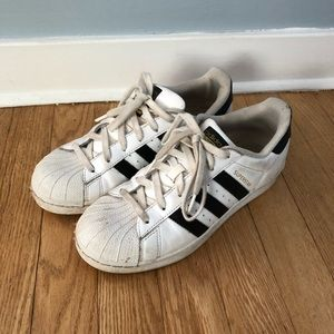 Adidas Size 7 1/2 Superstar Black White Sneakers